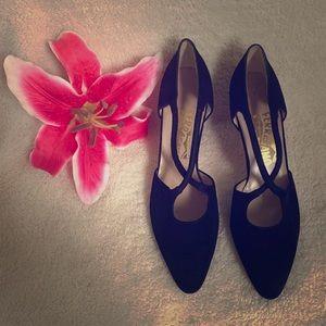 Salvatore Ferragamo Black suede kitten heels Sz8.5